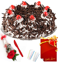 Red Rose Half Kg Eggless Black Forest Cake n Greeting Card