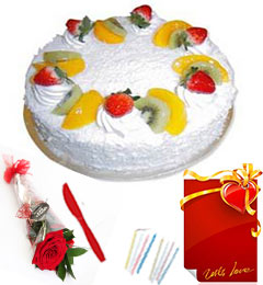 Red Rose Half Kg Eggless Pineapple Cake n Greeting Card
