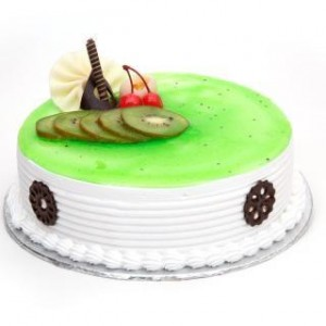 Kiwi Layered Cake - 1/2 kg Eggless