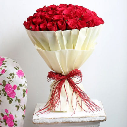 authentic-love-100-roses_1.jpg